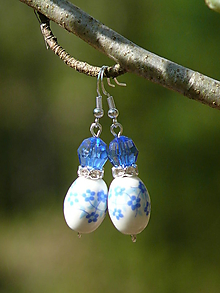 Náušnice - Modré náušnice s keramickými korálkami - 10713031_
