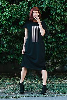 Šaty - FNDLK úpletové šaty 392 RKkL midi (oversized) - 10716250_