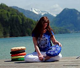 Tričká - Dámske tričko maľované ARUNACHALA - 10716775_