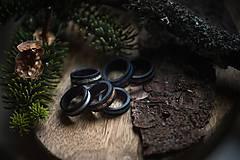 Prstene - Drevený prsteň EBEN & Malachite - 10715503_