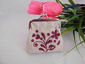 Peňaženky - Ručne vyšívaná peňaženka - mincovka - 10715949_