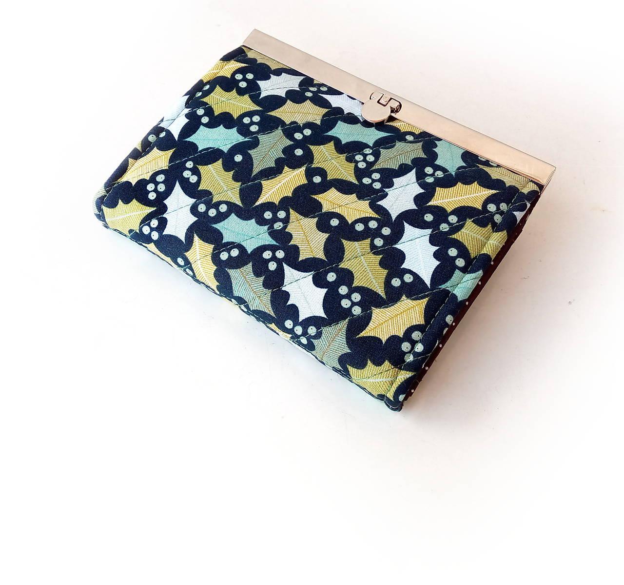 Peňaženka s priehradkami Dubové lístie