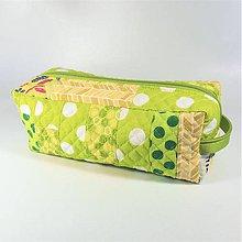 Taštičky - Patchwork kozmetická taštička boxy (svetlozelená-žltá) - 10718431_
