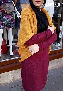 Svetre/Pulóvre - Pletená vesta, barva hořčicová, velikost UNI - 10719463_