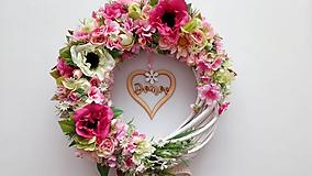Romanticky veniec so srdcom