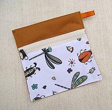 Iné doplnky - Nepremokavé vrecúško mini na zips (škorica + chrobáčiky) - 10723198_