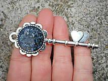 Náhrdelníky - key from your heart-opals - 10723311_