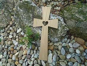 Dekorácie - Krížik so srdiečkom 19 veľký - 10720899_
