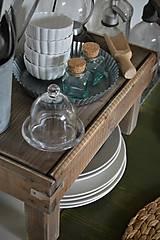 Nábytok - Starý drevený stolček - 10723049_