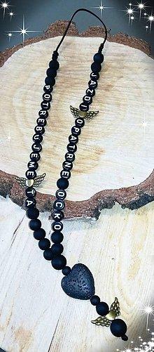 Iné šperky - Prívesok alebo amulet do auta  na želanie s textom menom alebo dátumom aj farebne podla vašeho priania - 10725772_