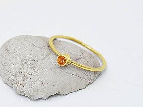 Prstene - 585/14k zlatý prsteň s prírodným oranžovým zafírom - 10725694_