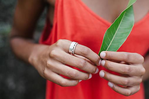 Prstene - Výrazný stříbrný prsten Nuria - 10725499_