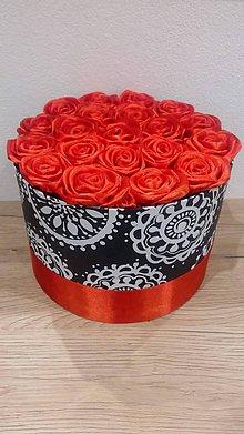 Nezaradené - Flowerbox - červené saténové ruže - 10725619_