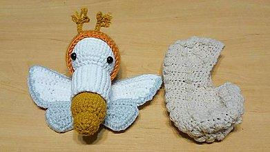 Hračky - Motýľ - moľa - vývoj - 10726112_