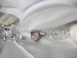 Iné šperky - Spona na hedvábí - 10730435_