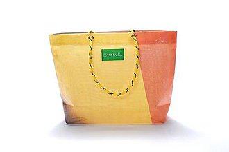 Veľké tašky - Úsmev ako dar: DORKA bag edícia VÚB V. - 10728991_