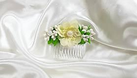 Ozdoby do vlasov - Béžový kvetinový hrebienok do vlasov - 10729470_