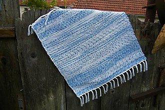 Úžitkový textil - Tkaný bielo-modrý koberček - 10727262_