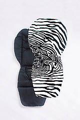 Textil - Podložka do kočíka z kočíkoviny (nepremokavá) - 10732231_