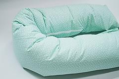 Textil - Tehotenský vankúš / Vankúš na dojčenie mentolový s trojuholníčkami - 10731499_