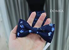 Sukne - Letná kvetovaná tmavomodrá sukňa - 10733925_