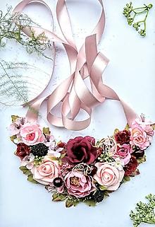 Náhrdelníky - Kvetinový náhrdelník s černicami - 10732455_