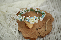 Ozdoby do vlasov - Kvetinový venček modro-biely - 10730715_