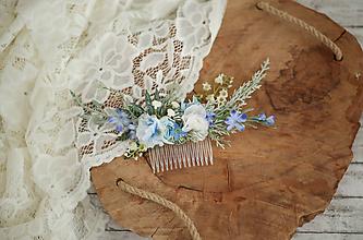 Ozdoby do vlasov - Modrý kvetinový hrebienok do vlasov - LÚKA - 10733582_