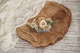 Ozdoby do vlasov - Béžový kvetinový hrebienok do vlasov - LÚKA - 10733960_
