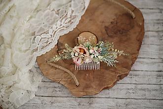 Ozdoby do vlasov - Rúžový kvetinový hrebienok do vlasov - LÚKA - 10734094_