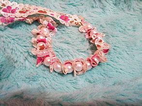 Detské doplnky - Perlový- kvetinový náramok pre deti - 10733073_