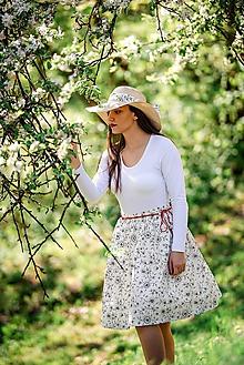 Sukne - Dámska sukňa jemne krémová s kvetmi - 10733962_