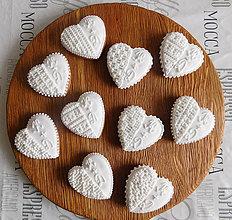 """Darčeky pre svadobčanov - Perníkové srdce """"MALÉ s iniciálmi"""" - 10731653_"""