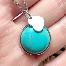 Náhrdelníky - Tyrkenite Heart Pendant (Stainless Steel) / Prívesok s tyrkenitom a srdcom, oceľ - 10734355_