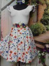 Sukne - Nevädza a maky - sukňa ako stvorená na leto - 10734162_
