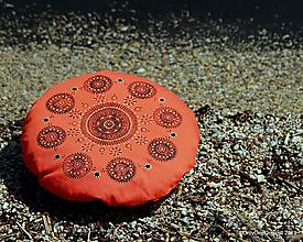Úžitkový textil - Maľovaný ručne šitý meditačný vankúš BRAHMAPUTRA - 10734820_