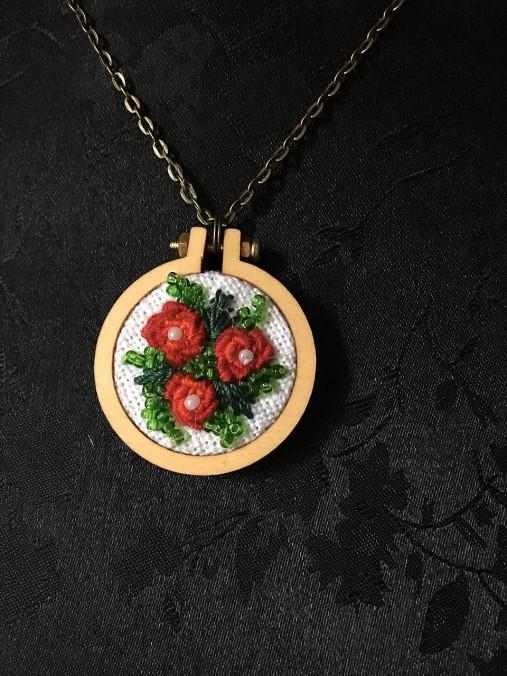 adfc1d888 Tri ruže / ima - SAShE.sk - Handmade Náhrdelníky