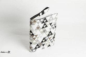 Papiernictvo - Obal na knihu otvárací - čierno-hnedý triangles - 10734386_