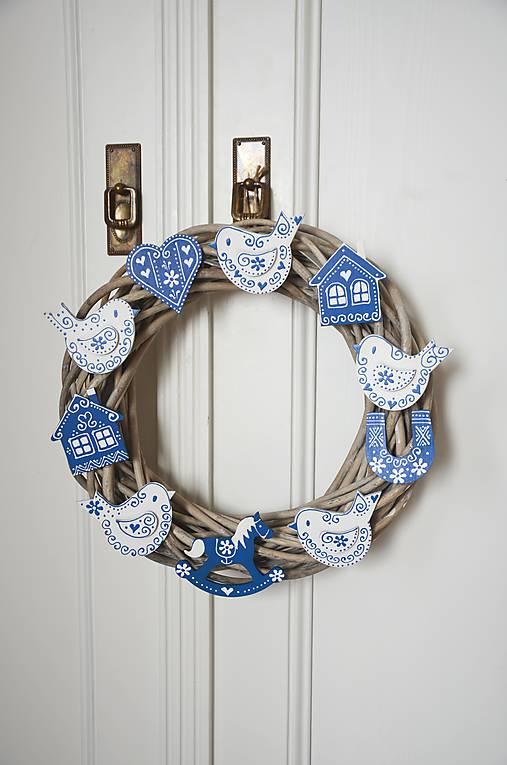 a6806c73c Veľký modro biely veniec / bubatko - SAShE.sk - Handmade Dekorácie