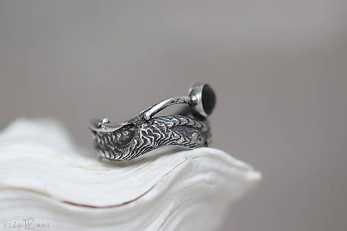 Prírodný strieborný prsteň s vetvičkou, listami a machovým achátom - Šum lesa