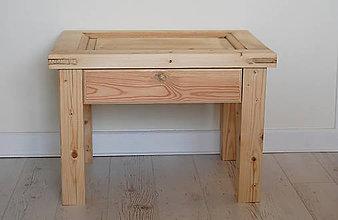 Nábytok - Starožitný stolík z 20 rokov - 10738337_