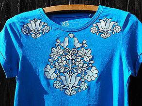 Tričká - blankytná modrá-folk-tričko - 10739439_