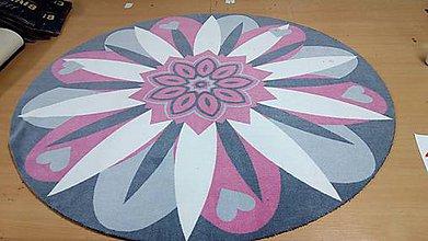 Úžitkový textil - Mandala v koberci  l kvetinová energia l ružová - 10737634_