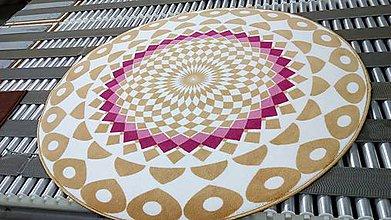 Úžitkový textil - Mandala v koberci  l pokojný svet l béžovo ružová - 10737724_