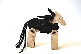 Hračky - Koník v kožúšku čierny... - 10739558_