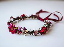 Ozdoby do vlasov - Bordový kvetinový venček - 10738270_