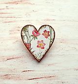 brošňa kvety v srdci