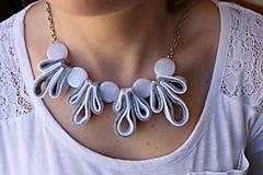 Náhrdelníky - Usmej sa na mňa: Dámsky šperk (Elegantná dáma) - 10740658_