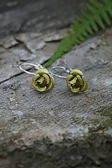 Náušnice - Zelené ružičky - 10741581_
