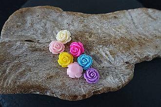 Galantéria - Plastové kvetinky (10mm) - 10740338_